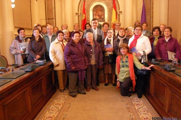 Momento de la visita a La Diputación