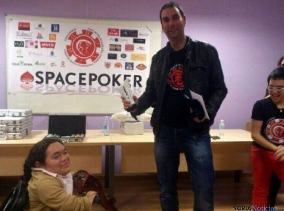 Íker Esteras, ganador el primer torneo.
