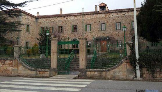 Residencia de El Royo, cponcesionada por la Diputación.