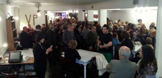 Numerosos clientes en la inauguración