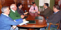Un momento de la reunión en el Palacio Provincial.