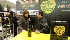 La consejera, en el stad de la Comunidad en 'Madrid Fusión'