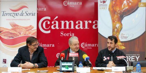De izquierda a derecha, Sáez, Martínez y García en la presentación del concurso.