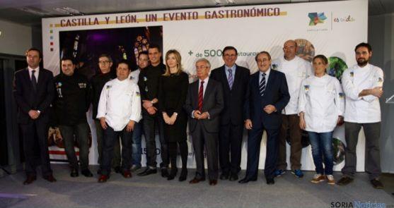 Presentación de la gastronomía como un gran evento diario