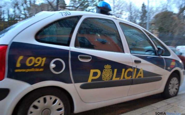Un vehículo de la Policía Nacional en Soria.