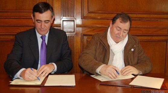 Ricardo Corredor (dcha.) de la Mancomunidad de Izana y Antonio Pardo.