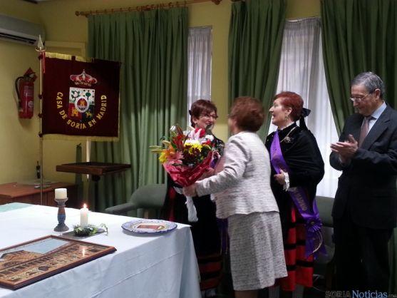 Mercedes Aguilar recibe la banda de 'alcaldesa'