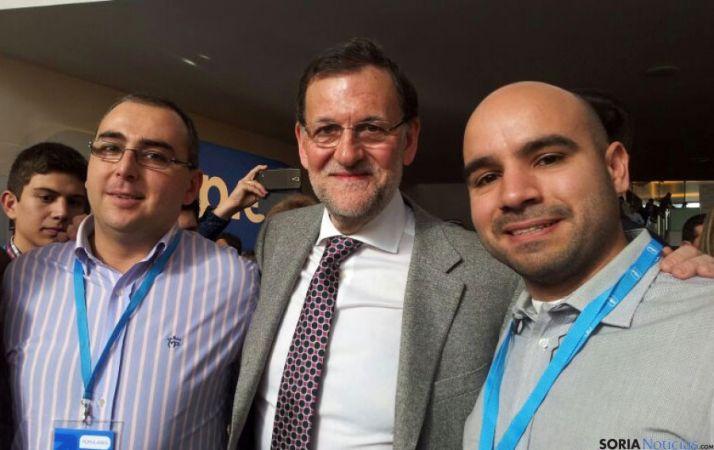 Bermejo y Ágreda flanqueando a Mariano Rajoy.