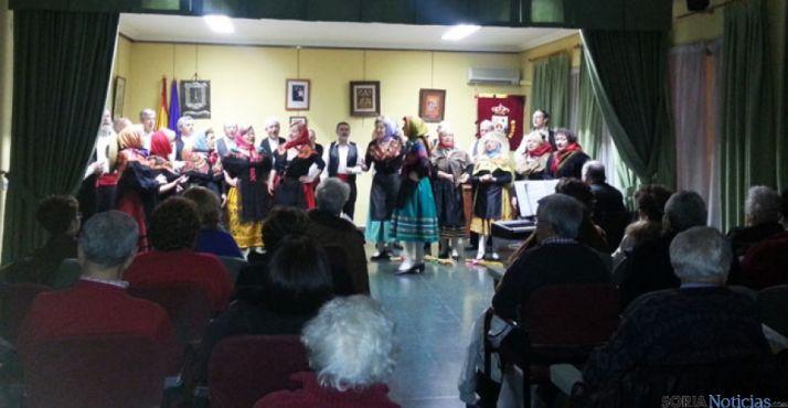 Actuación del grupo de zarzuela, en la semana de la mujer