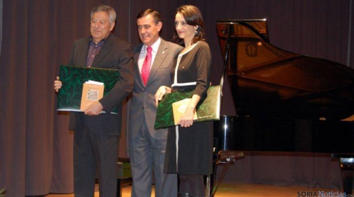 Francisco Caro y Pilar Verdú recogen los premios de poesía Leonor y Gerardo Diego