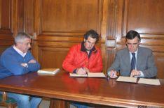 Firmantes del convenio vaca serrana.