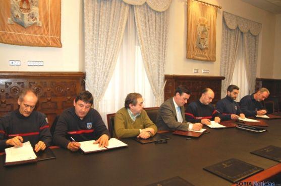 Acuerdo Diputación y Bomberos