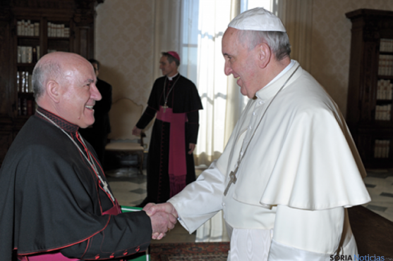 Mons Vicente y el Papa Francisco