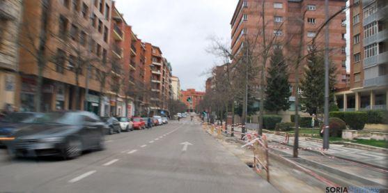 Imagen de las obras del carril bici en Mariano Vicén este sábado