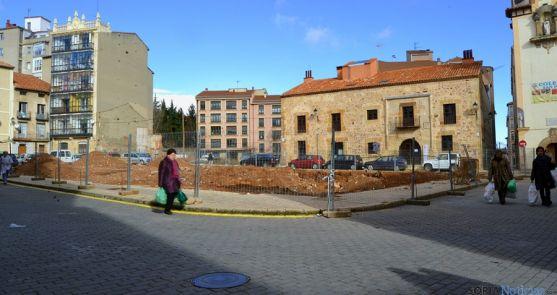 Plaza de Bernardo Robles, donde se edificará el nuevo mercado.
