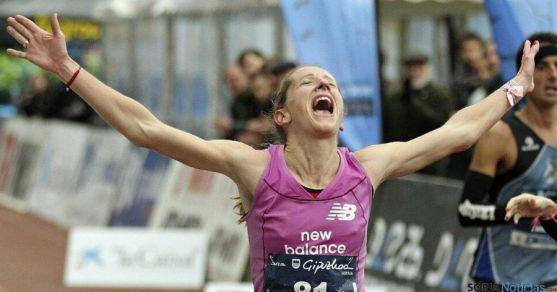 La atleta Estela Navascués, del CAEP, en uno de sus triunfos.