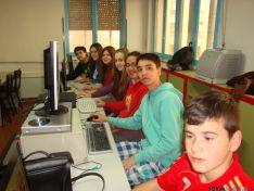 Alumnos/redactores de la revista Rumbo