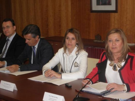 Pilar del Olmo y la viceconsejera