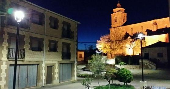 Imagen nocturna de Torlengua.