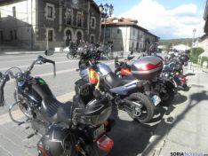 motos en la plaza