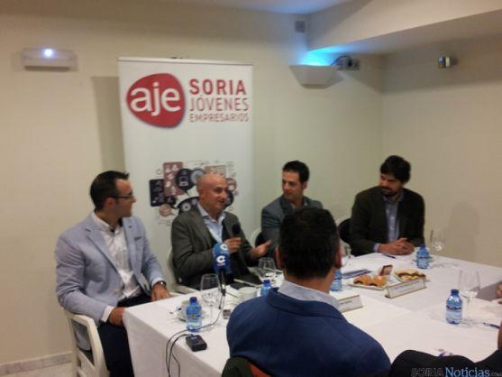 Antonio Tejero en los desayunos de AJE Soria