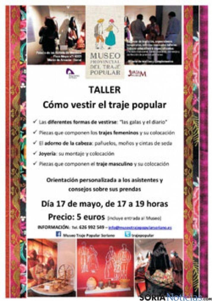 Foto 1 - Taller  sobre trajes tradicionales en el Museo del Traje de Morón