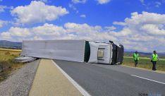 El aparatoso accidente no ha registrado víctimas. / SN