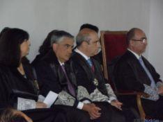 Rafael Carnicero, al fondo