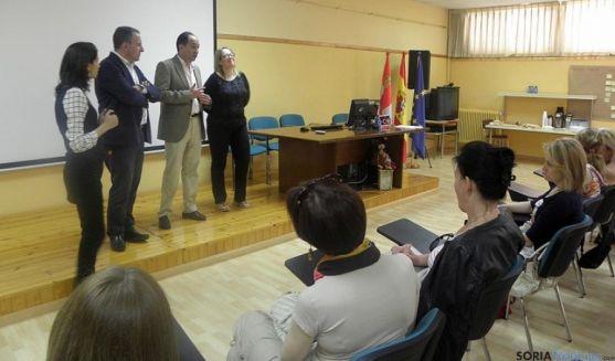 Recepción del delegado territorial al grupo del Comenius.