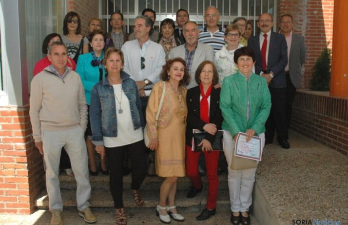Profesores jubilados junto a Javier Barrios