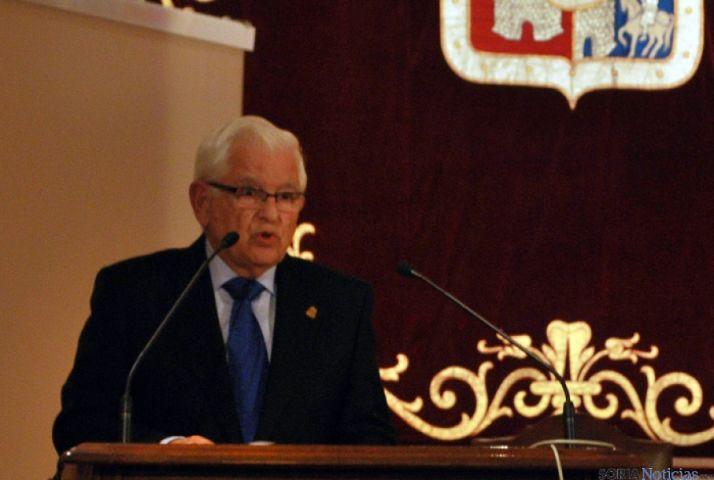 El doctor Ruiz Liso, director de la FCCR. / SN