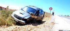 El vehículo siniestrado en la cuneta. / SN