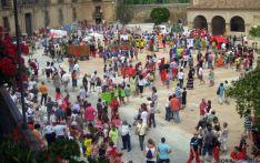 Imágenes de otras ediciones de las Fiestas de la Juventud en Almazán. / Parchís
