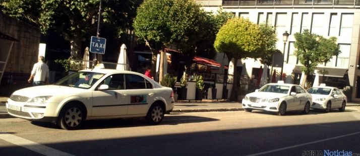 Parada de taxis en Ramón y Cajal. / SN