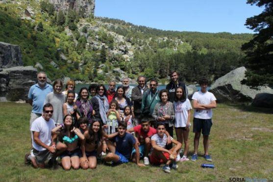 Visitantes en La Laguna Negra