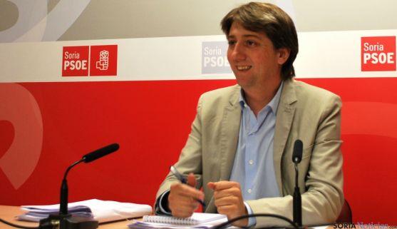 El secretario de los socialistas sorianos, Carlos Martínez Mínguez. / SN