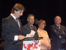 Foto 5 - Diputación y Ayuntamiento de Soria recogen las Medallas de Oro de Cruz Roja Española