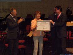 Foto 2 - Diputación y Ayuntamiento de Soria recogen las Medallas de Oro de Cruz Roja Española