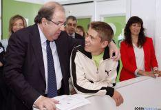 Herrera, en una visita a un centro educativo