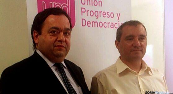 Ruiz, (dcha.) junto al delegado de UPyD en Castilla y León Rafael Delgado. / SN