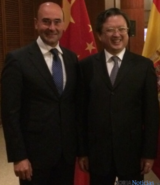 Alonso y Zhu Bangzao