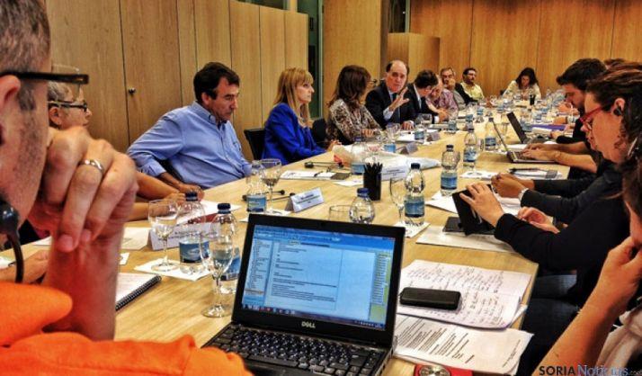 Reunión con los sindicatos franceses
