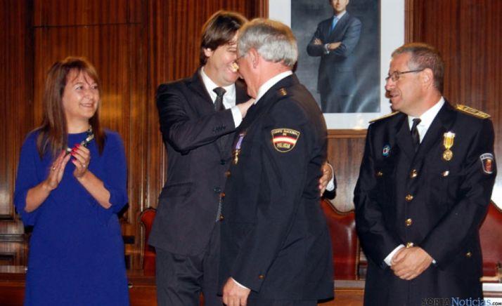 Medalla a Fernández Ibáñez