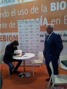 Carlos Martínez y Javier Díez presidente de AVEBIOM