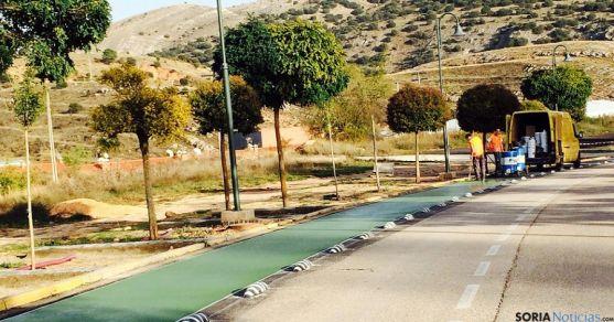 Obras en el carril bici en Los Pajaritos. / Ayto.