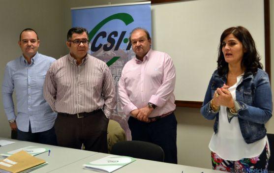 Pedro Pobes. (izda.), Gregorio Pastor, Carlos Hernando y Raquel Fernández.