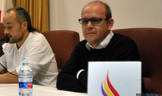 Jacinto Lara (dcha.) en la apertura de la VIII Semana de la Memoria Histórica y los Derechos Humanos.  / SN