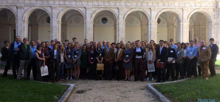 Los estudiantes y docentes en una imagen de grupo. / Jta.