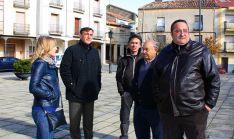 Pardo (2º izda) en la visita a Gómara. / Dip.