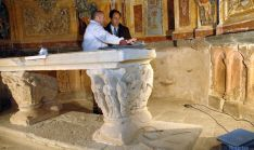Yagüe y López (dcha.) en la ermita. / Jta.